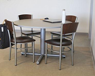 Fulton Table