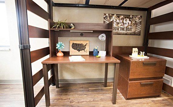 Wmu Desk 2